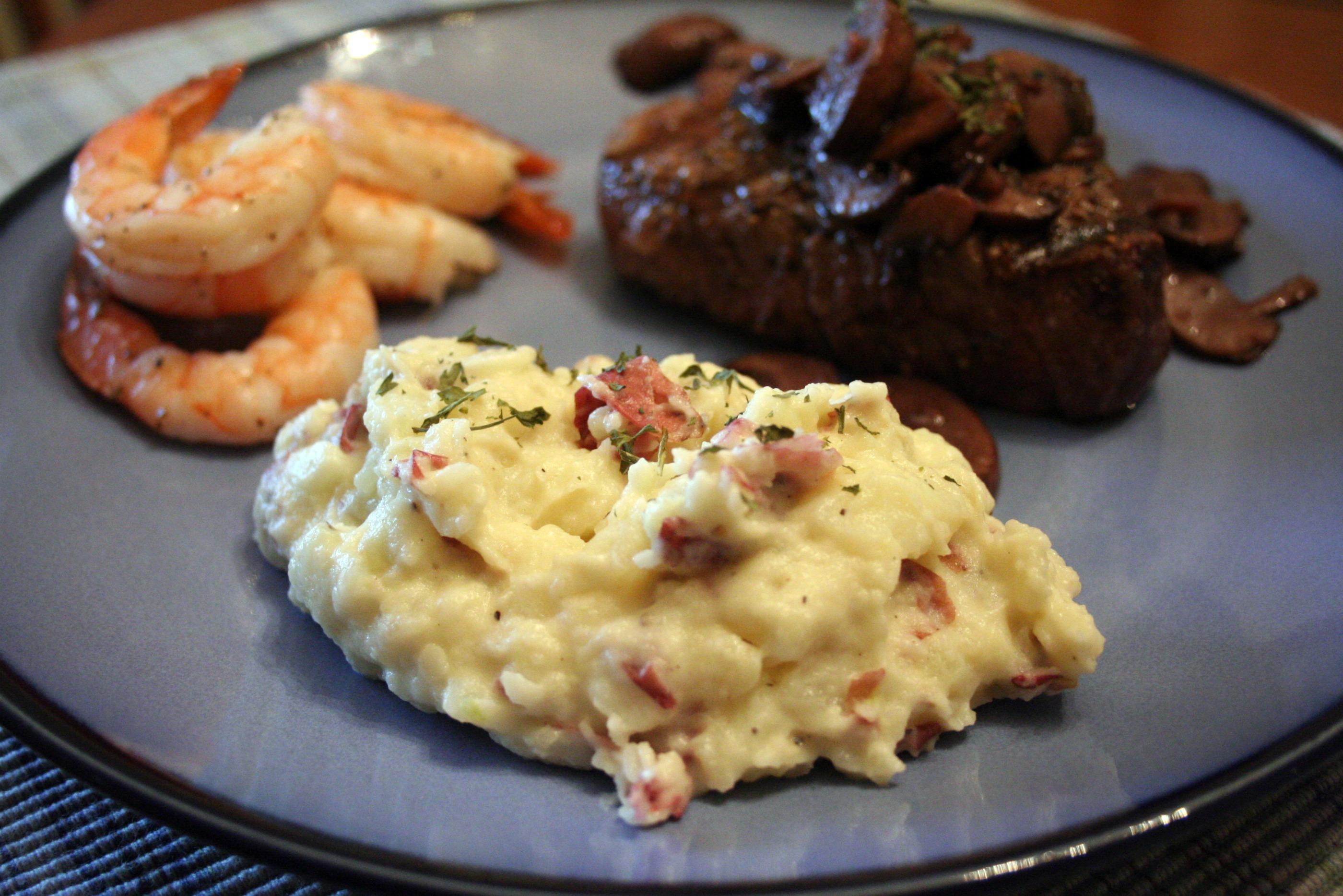 Roasted Garlic Mashed Potatoes and Sauteed Crimini Mushrooms | Mom ...