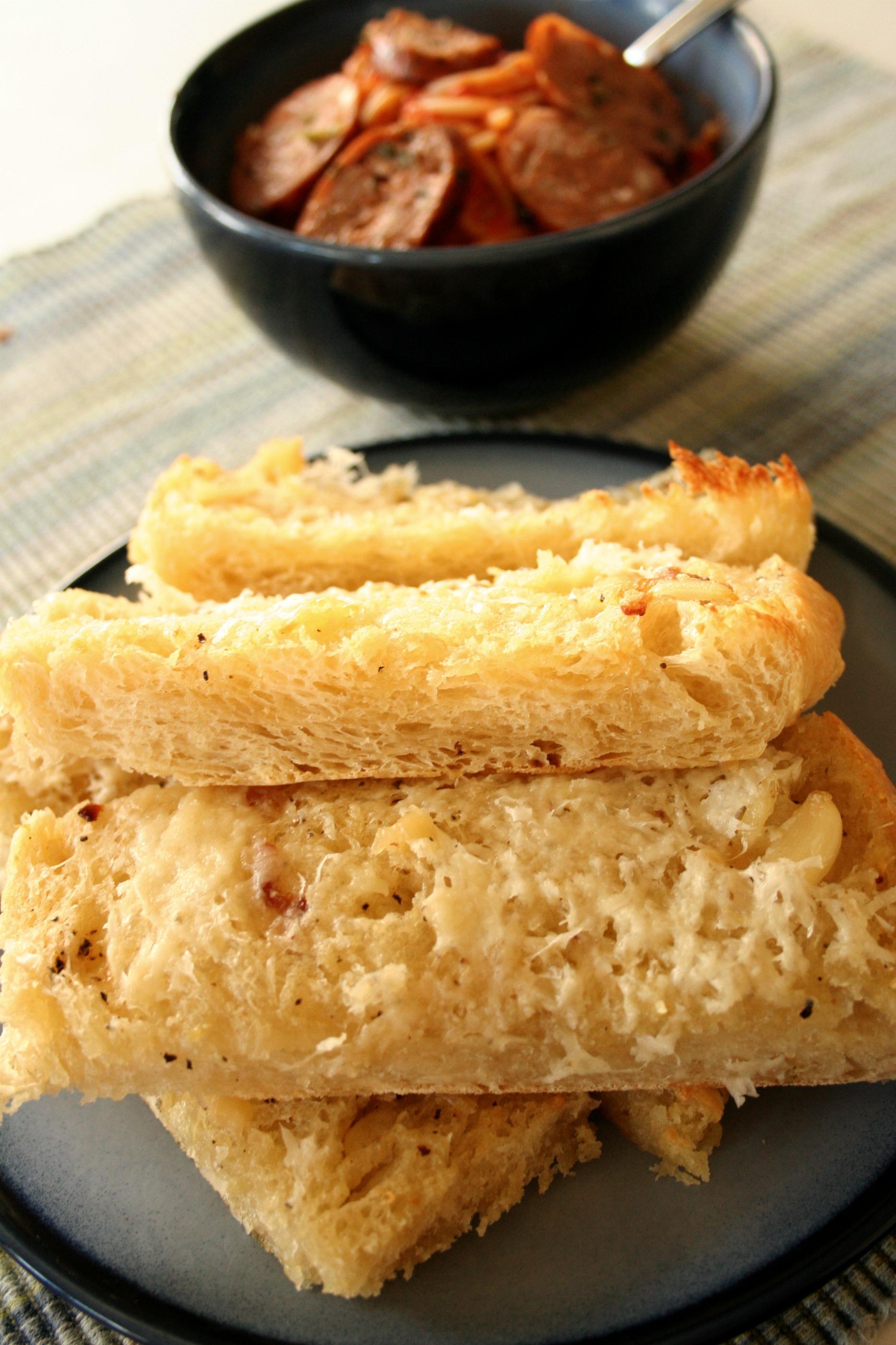 Roasted Garlic Bread | Mom-Makes...