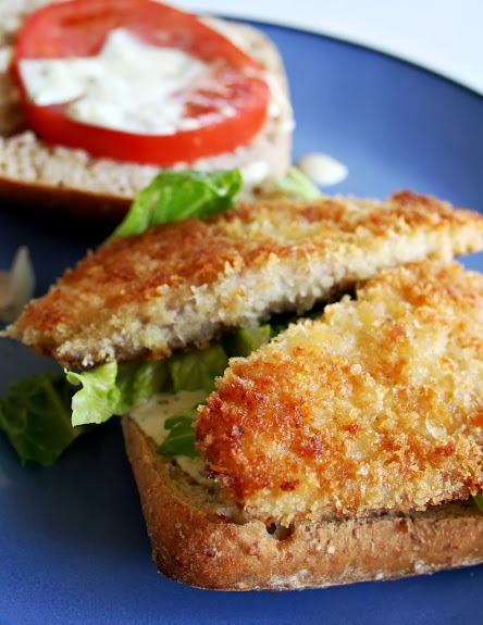 Crispy fish sandwiches mom makes for Good fish sandwich near me
