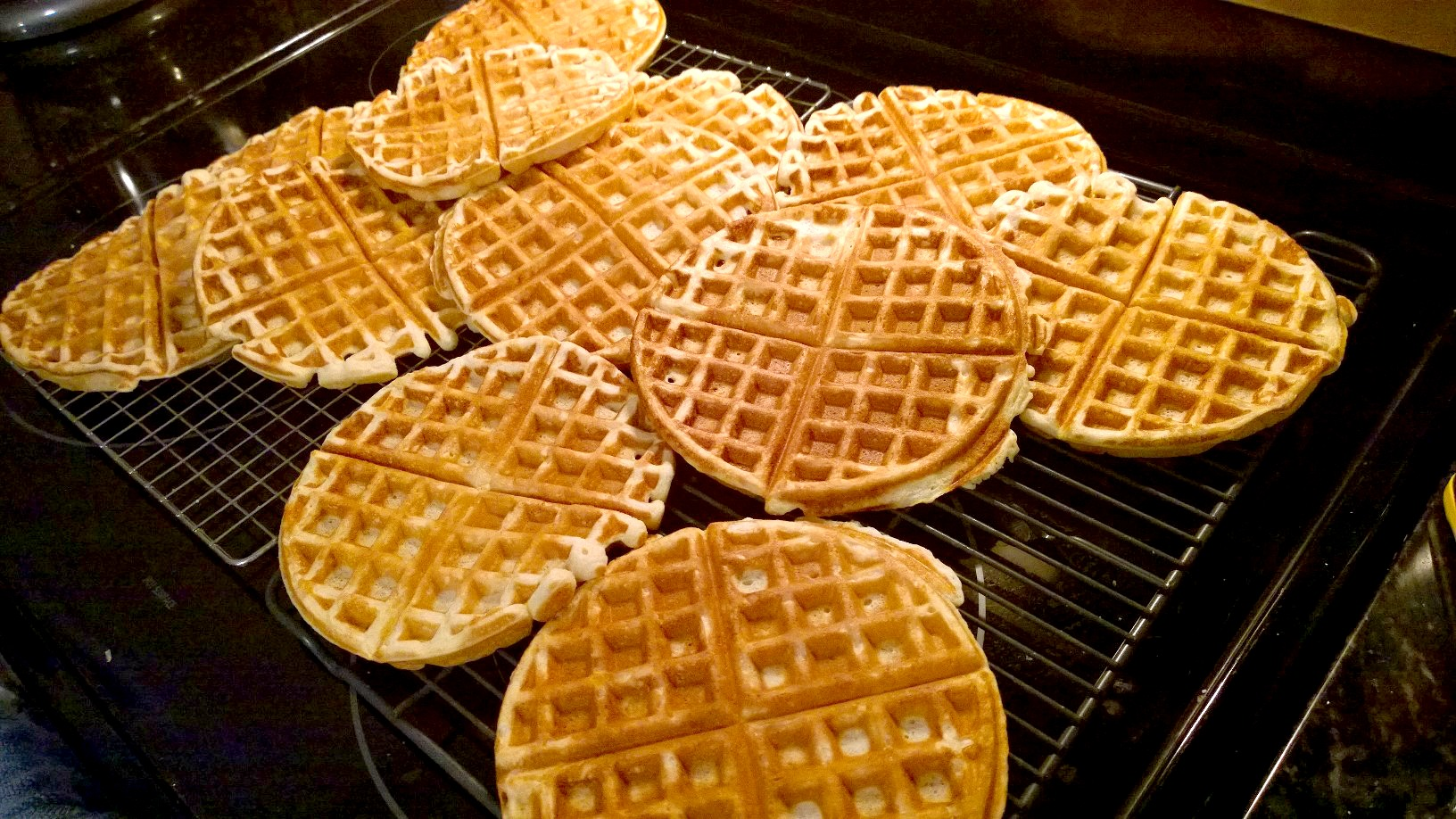 Buttermilk Waffles | Mom-Makes...