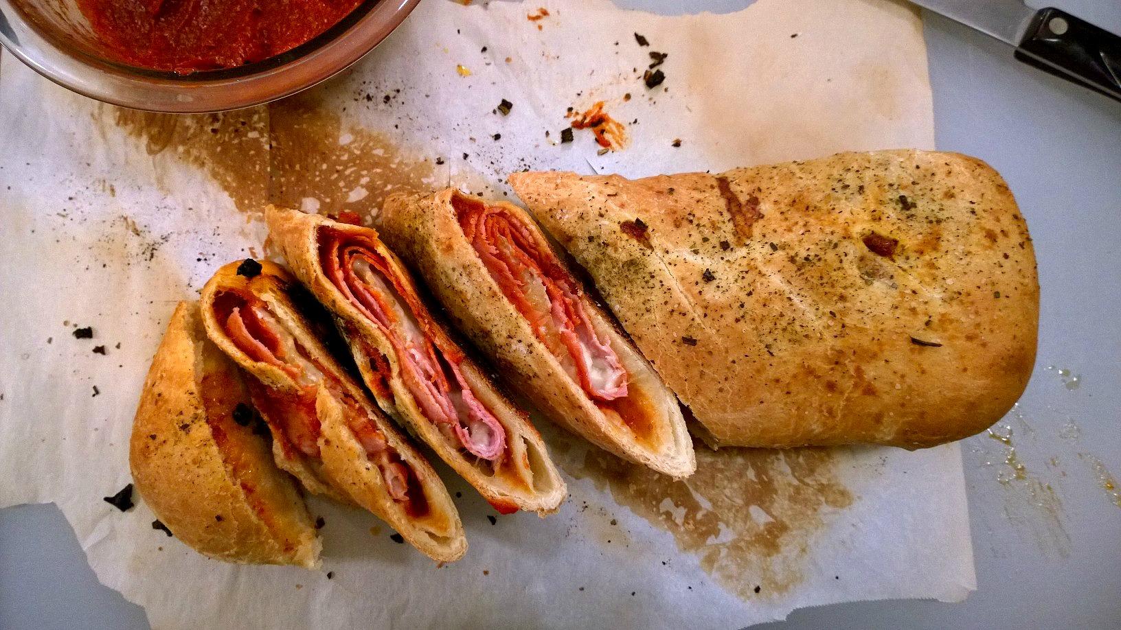 Stromboli | Mom-Makes...